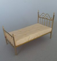 Single Scroll Brass Bed