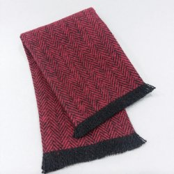 FT8-107 Crimson Fringed Throw