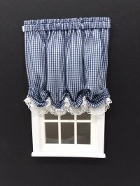 #102-Balloon Shade #7 Navy Gingham