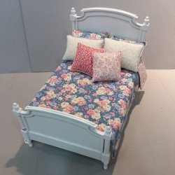 Double Bed/Periwinkle & Rose Bedding