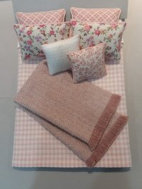 D-214 Rose & Ivory Check