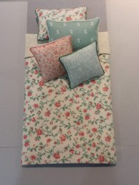 S-384 Coral & Green on Cream Floral