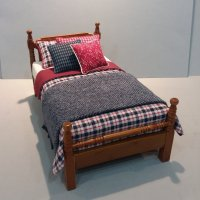 Traditional Single Bed - Wine/Navy Plaid