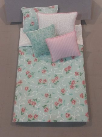 S-304A Mint Green & Pink Floral