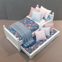 White Trundle/Roses on Blue