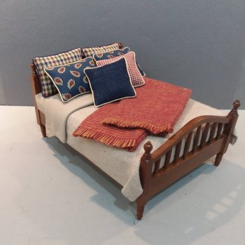 Walnut Spindle Bed-Tan Linen/Copper & Navy