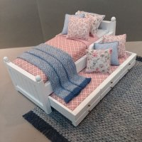 White Trundle/Rose Diamond/Blue Accents