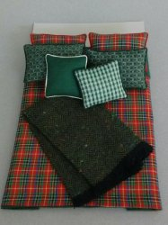 D-133 Red/Green Plaid - Green accents